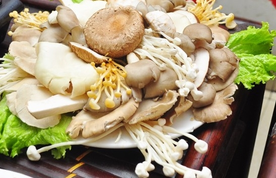 Mushroom fish mushroom waterfall wonderful taste
